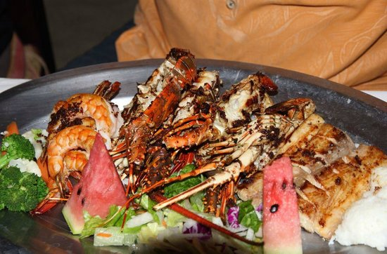 Adauto's On The Beach : Big lobster dinner a tad expensive