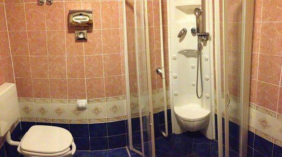 Grand Hotel Admiral Palace: Bagno camera classic