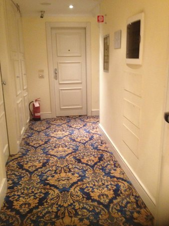 Boutique Hotel Trevi: corridor