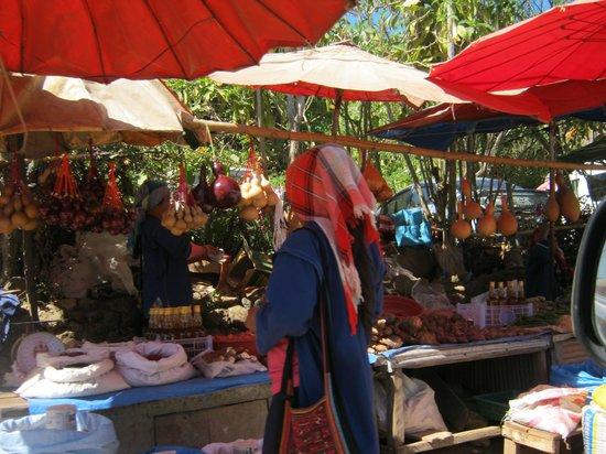 Doi Mae Salong : ร้านค้า