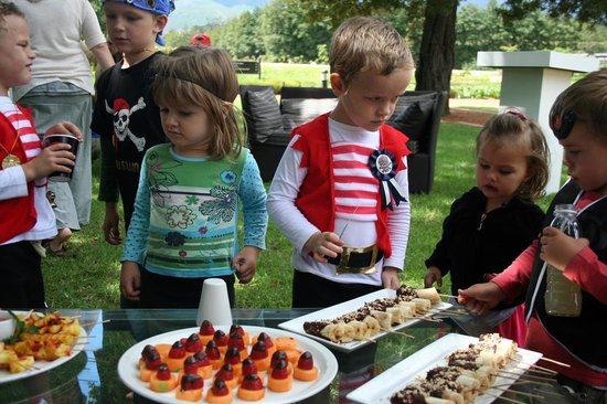 The Stables Restaurant at Vergelegen: Kids clearly enjoyed the snacks made by Chef