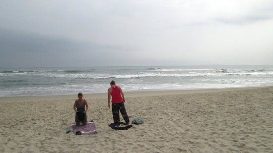 Non Nuoc Beach : looking east