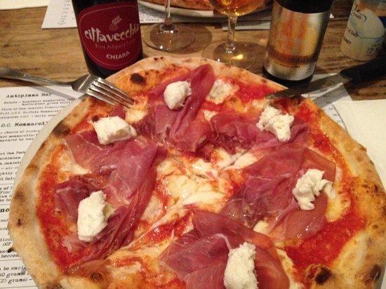 DOC Pizza & Mozzarella Bar: Ottima Pizza a Melbourne!