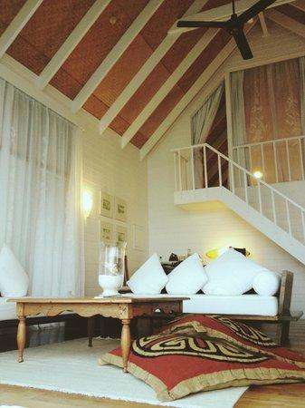Cocoa Island by COMO: Interior of our villa