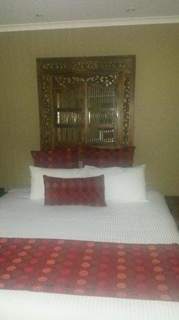 BreakFree Aanuka Beach Resort: bedroom