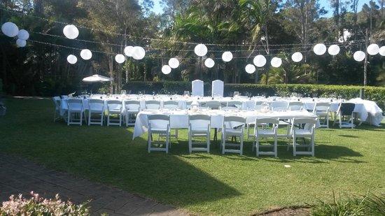 BreakFree Aanuka Beach Resort: grassed area for weddings