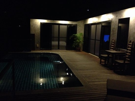 Koh Tao Heights Pool Villas: Villa bei Nacht