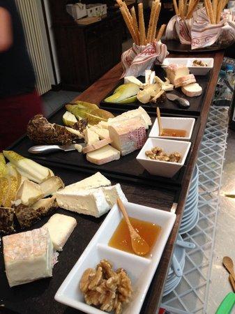 Hosteria Al Camino : I taglieri di formaggi per la festa della donna