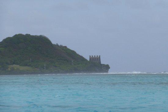 Bayview Hotel Guam: пляжная зона