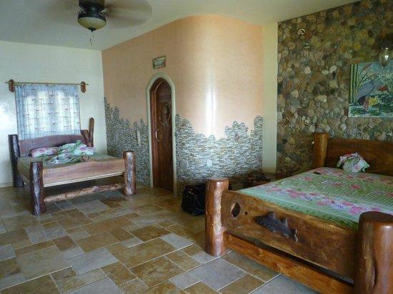 La Playita Resort: sehr geräumige Zimmer