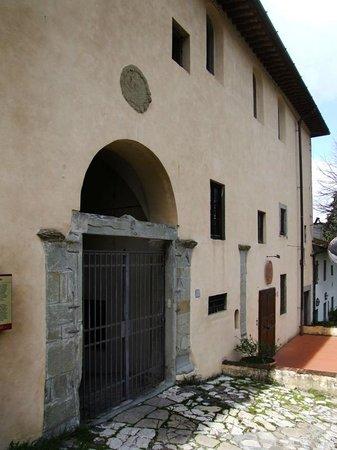 Bigallo Hostel: Ingresso Ostello il Bigallo