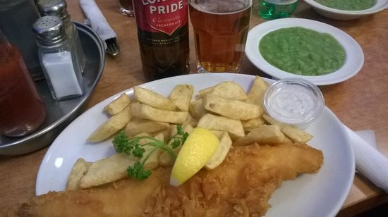 Rock & Sole Plaice: Haddock and chips, mushy peas and London Pride