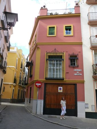 The Boutike Hostel: Street corner, Calle Y Ferre, where Boutike is located