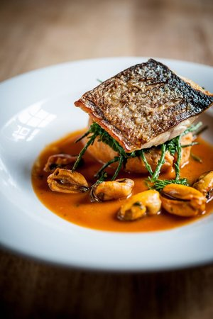 The Swan Hotel : sea bass