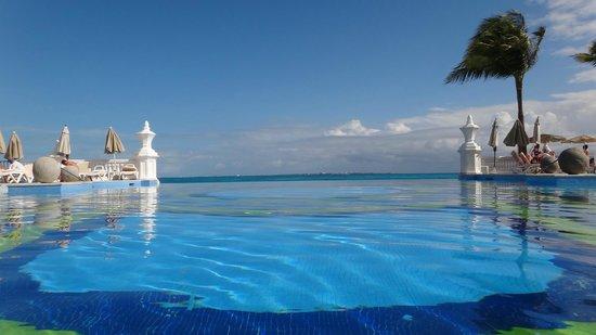 Hotel Riu Palace Las Americas: вид отеля