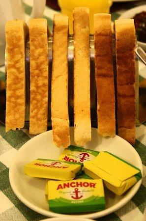 Ridgemount Hotel: Toasts
