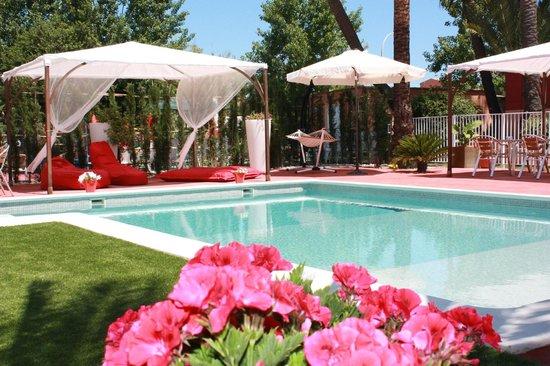 Oliva, Spain: piscina con jacuzzi