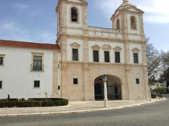 Hotel Solar Dos Mascarenhas : Just around the corner