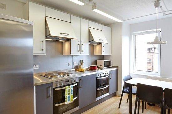 sir john cass hall shared kitchen - Shared Kitchen