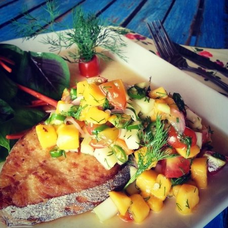 Fish at Thip's: Deep Fired King Makerral with Yellow Mango Salsa Sauce