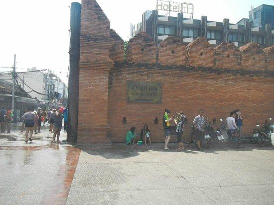 Tha Phae Gate: ターペー門