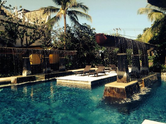 Hard Rock Hotel Bali : Sitting poolside in a luxury cabana staring at this