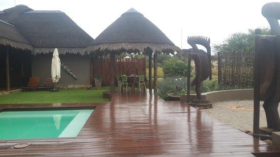 Botsebotse Luxury Retreat: Outside Area