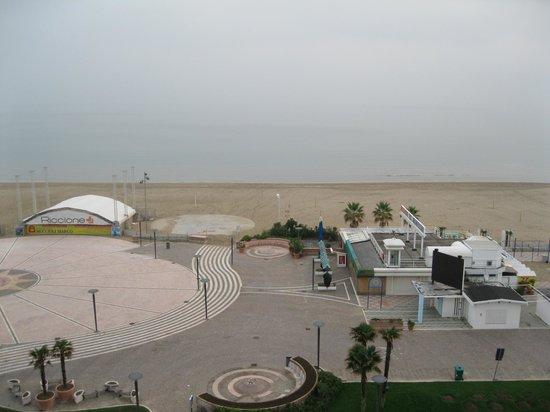 Hotel Mediterraneo: Вид из номера утром