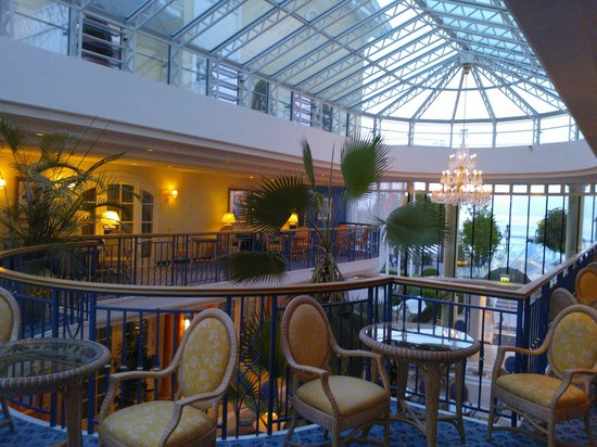 Travel Charme Kurhaus Binz: Hotellounge