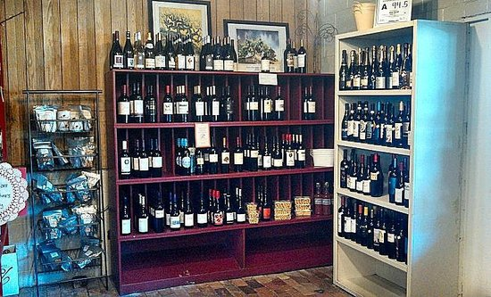 Foster's Market: wine selection