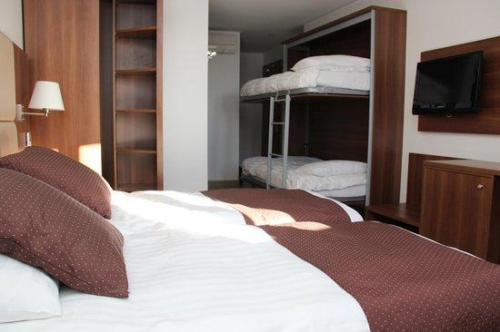 Hôtel RestaurantCara Sol : chambre familiale - 4 couchages