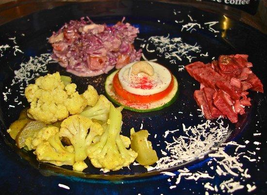 Pumzika Beach Resort Restaurant: Gemischter Salat