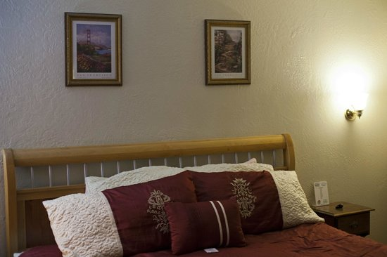Canyon Country Inn Bed & Breakfast : Номер