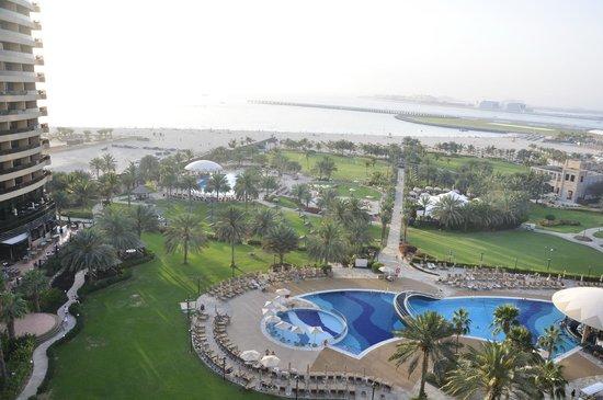 Le Royal Meridien Beach Resort & Spa: Вид на море из номера sea view-2