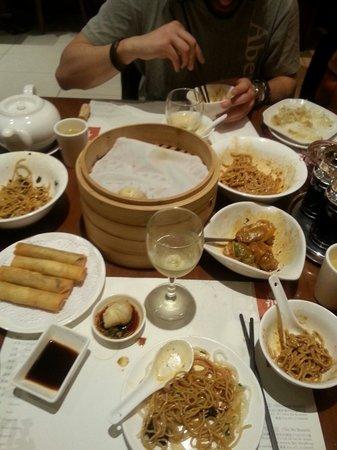 Din Tai Fung (Yee Wo Branch): Mmmmm