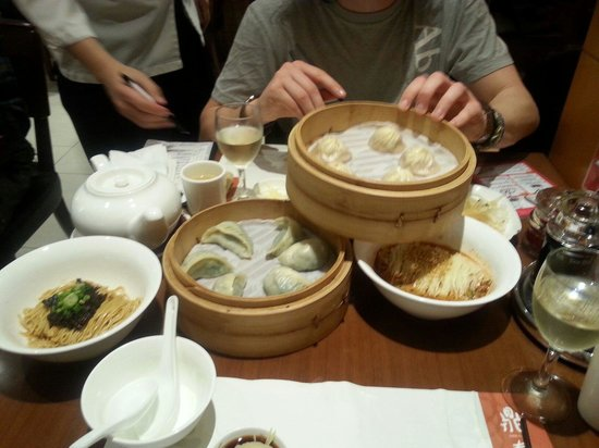 Din Tai Fung (Yee Wo Branch): The start of the feast