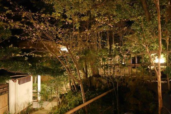 Hanafubuki: 敷地内の様子