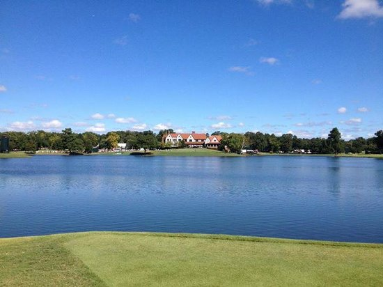 East Lake Golf Club : view of the clubhouse from across the lake. beautiful view.