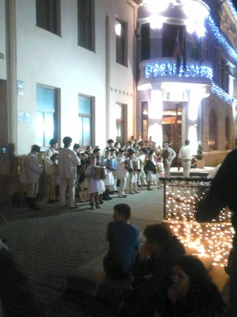 Hotel Dubna Skala: rodando un anuncio de navidad en el exterior
