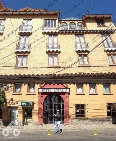 Hotel Rosario La Paz : Fachada (sem o Carnaval na frente)