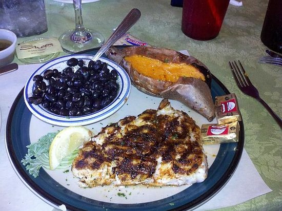 Blackened grouper with black beans picture of crazy fish for Crazy fish restaurant