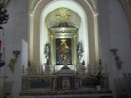 Matrice Church: tela che rappresenta la Madonna di Custonaci