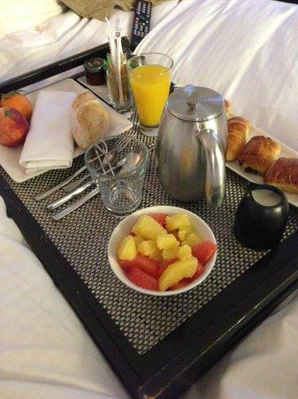 Pullman Montpellier Centre: petit déjeuné servi en chambre