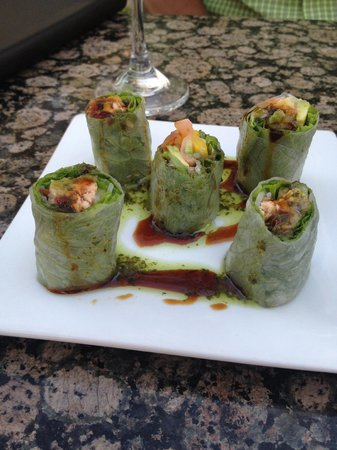 Ginger : Spicy spring rolls with rice paper wraps