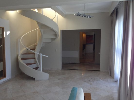 Presidential Suites A Lifestyle Holidays Vacation Resort : 1st Living Area