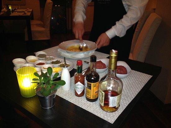 Restaurant Cuvee : Freshly made beef tartar