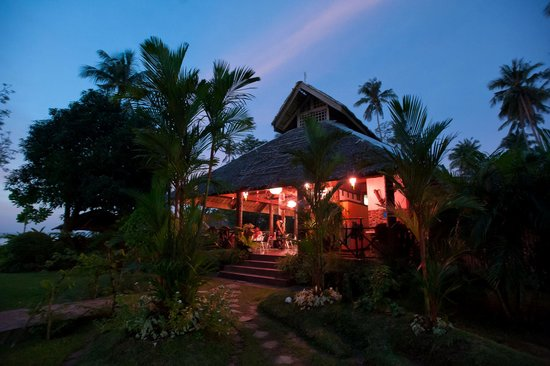 Agohay Villa Forte: The restaurant at dusk