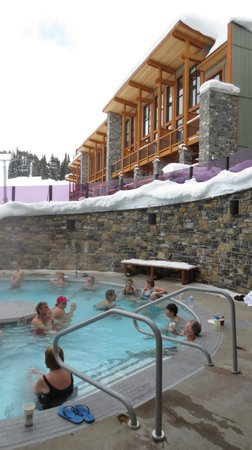 Sunshine Mountain Lodge: The fabulous outdoor hot tub!