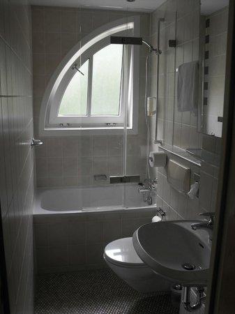 Hotel Scholz: Ванная