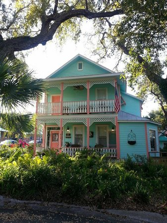 "Cedar Key Bed and Breakfast: ""The Girls Room"" has private use of the upstairs balcony"